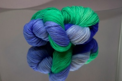 Blue/Green twisted fingering base