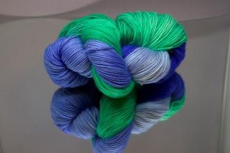 Blue/Green twisted fingering base