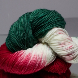 green, red and speckled yarn